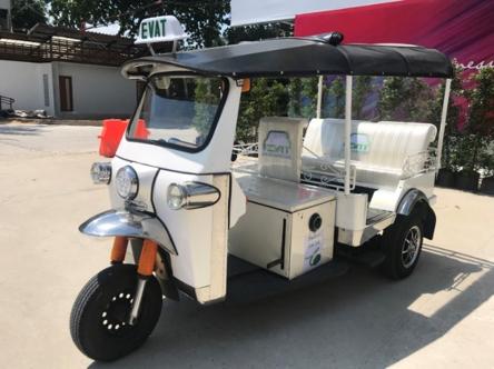 การพัฒนาต้นแบบรถตุ๊กตุ๊กไฟฟ้าดัดแปลงของสมาคมยานยนต์ไฟฟ้าไทย